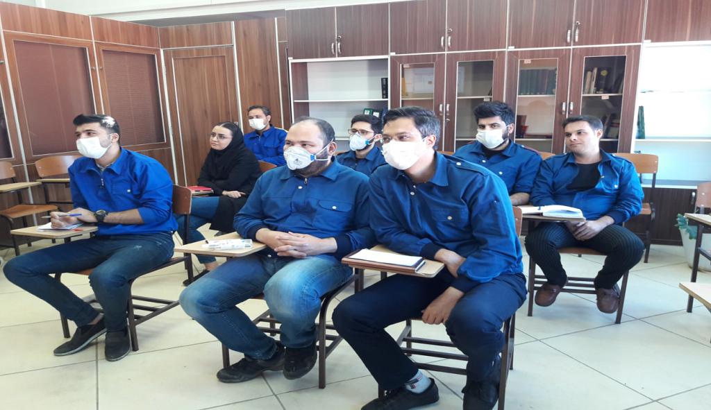 دوره آموزشی ارتباط با مشتری برگزار شد.